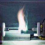 Gleichstrom-Lichtbogen_in_einem_Lichtbogen-Generator_zur_künstlichen_Erzeugung_von_Störlichtbögen_für_Testzwecke