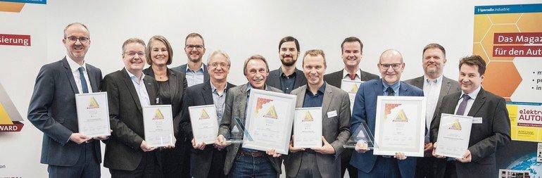 uebergabe-der-pokale-und-urkunden-des-automation-award-2018.jpg