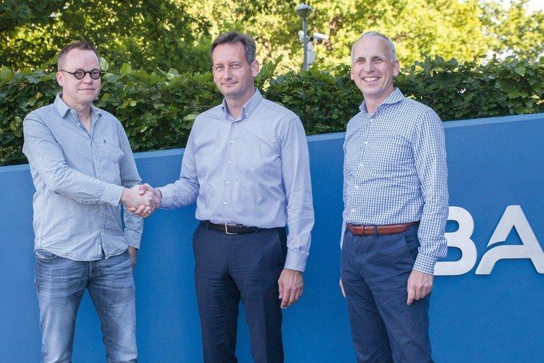 Basler_BAS1706_PR__Basler_AG_acquires_mycable_GmbH_4c.jpg