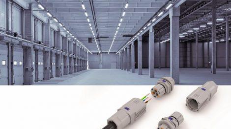 Large_modern_empty_storehouse_with_blue_tint;_Shutterstock_ID_232911361;_Bestellnummer:_-