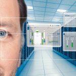 EPE007535_-_Man_in_data_centre.jpg