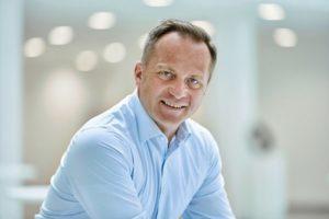Mathias_Füller,_Vice_President_Vertical_Market_Management_Process_Industry,_Phoenix_Contact