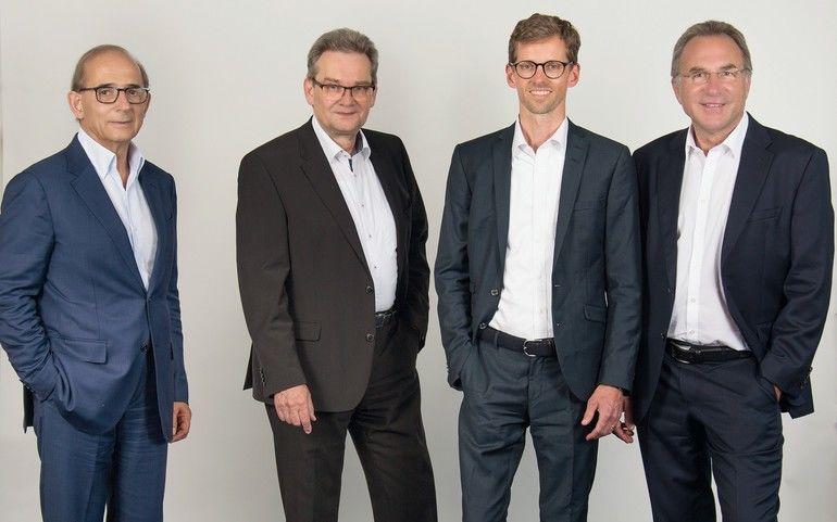 Isra-Vision-Gründer_Enis_Ersü_und_das_Management-Team_Hans_Jürgen_Christ,_Tomas_Lundin_(Sprecher)_und_Dr._Johannes_Giet_(v._l._n._r.)_