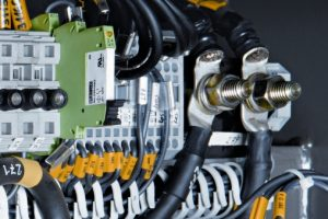 PC bei der Steuerung der Magnetschienenbremsanlage