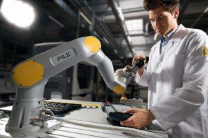 Robotics_Modules_plus_Operator.jpg