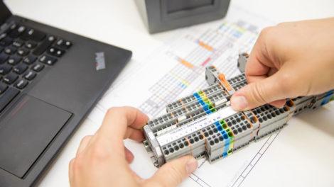 Systems-&-Project-Engineering wago schaltschrankbau