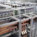 Blick_in_den_Steuerungs-_und_Schaltanlagenbau